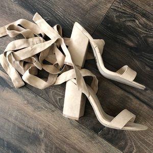 NWOB strappy tie up nude heels size 6